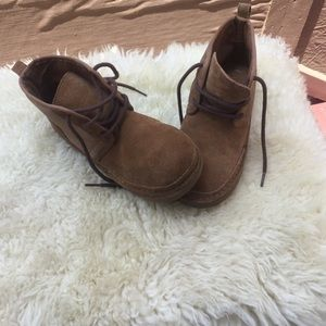 UGG shoe boots size 5